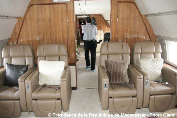 Le new air force one en photos madagascar for Force interieur